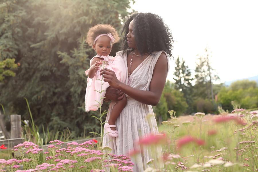 Mom and Daughter portrait Kelowna Okanagan